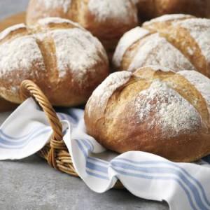 04_07_Bakery_AJ_Breads_Image 3
