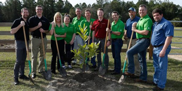 04_28_Sustainability_AJ_Arbor Day_Image 1 Header