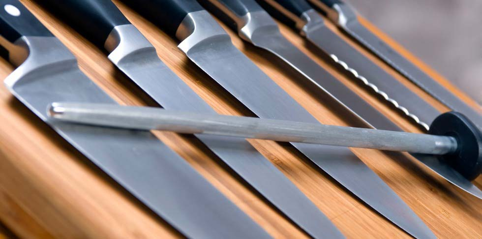 11_AH_Knife Skills_Featured Image 1