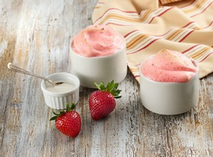 Strawberry Clouds with Vanilla Sauce