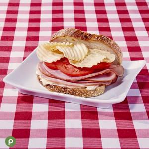 01_Bizarre Foods_Sandwich