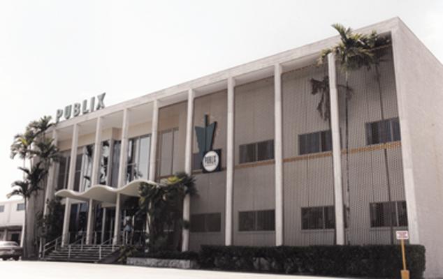 04_JB_History1960s_Full Building
