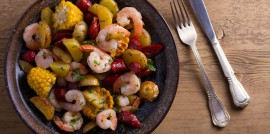 06_CC_Low Country Boil_Featured Image