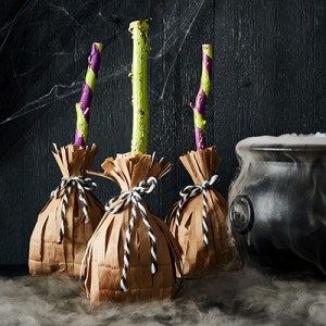 Publix Halloween Craft - Witches' Broom