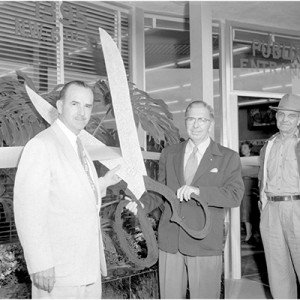 01_Post1_JB_Ribbon Cuttings_image3