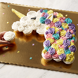 Celebrate with Pull Apart Cupcake Cakes