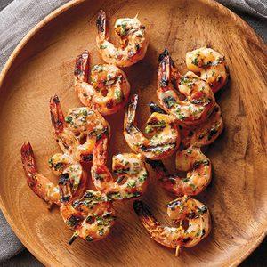 Publix Aprons Margarita Shrimp on brown plate.
