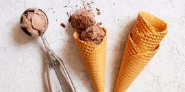 Ice cream cones with chocolate ice cream