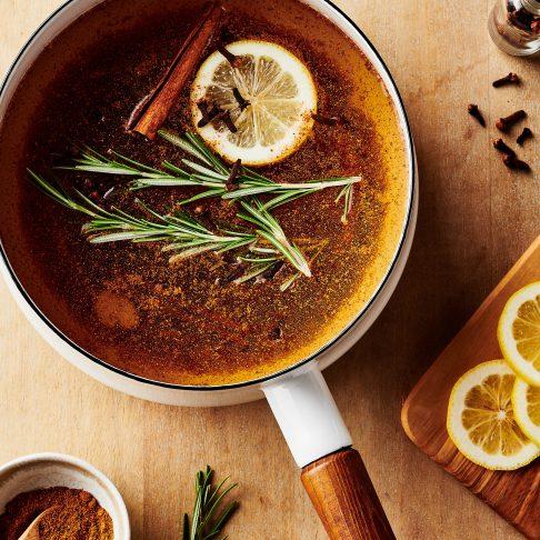 Thanksgiving feast simmer pot