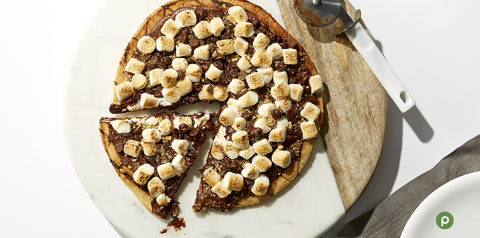 8 Dessert Pizzas to Make with Your Family