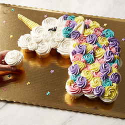 Celebrate with Pull-Apart Cupcake Cakes