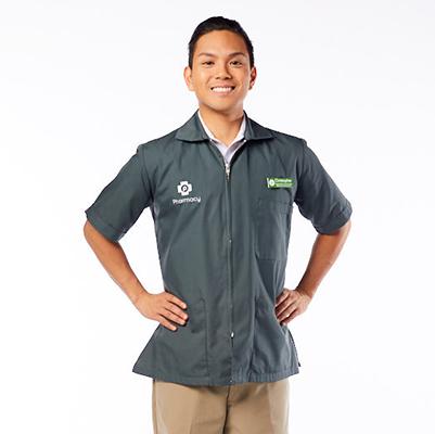 Publix Pharmacy Technician in full uniform